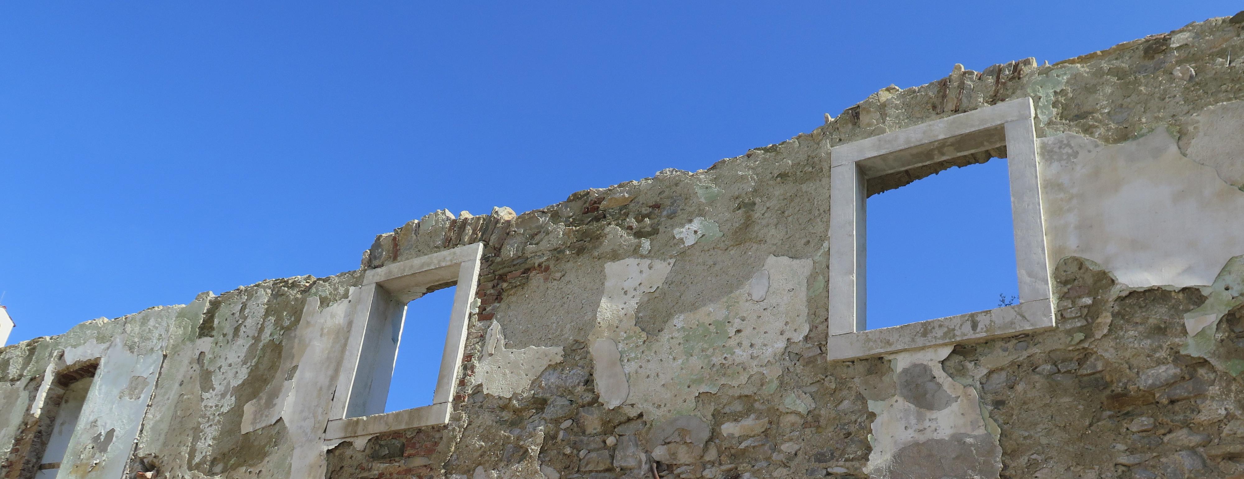 Obnova-stare-stavbe-dvorca-graščine
