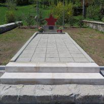 Logatec - spomenik