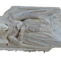 Turjaška grofica - nagrobnik